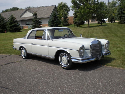 Flurry tim, trái tim would drive a 1964 Mercedes Benz 300SE. What would Countless Coloratura have?