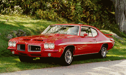 Octavia would have a 1972 Pontiac GTO. What would Vinyl Scratch have?