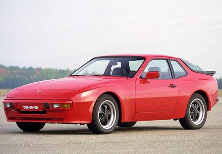 Twilight would drive a 1982 Porsche 944. What would applejack have?