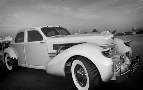 Cadence would have a 1936 Cord 812 Sedan. What would Pinkie Pie have?