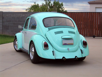 reyna Chrysalis has the worst car ever. A 1965 Volkswagen Beetle. What would applejack have?