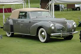 Scootaloo would have a 1941 リンカーン Continental. What would Spike have?