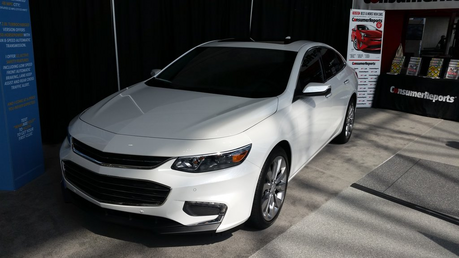 Fleur De Lis has a brand new Chevrolet Malibu. What would レモン Drops have?