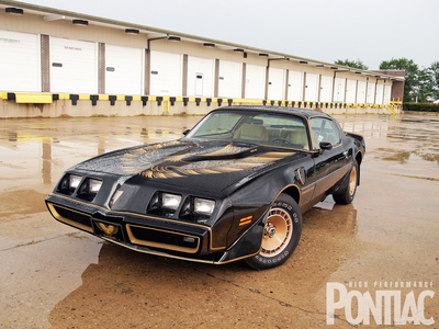 Colgate has a 1981 Pontiac Firebird Trans Am. What does Doctor Whooves have?