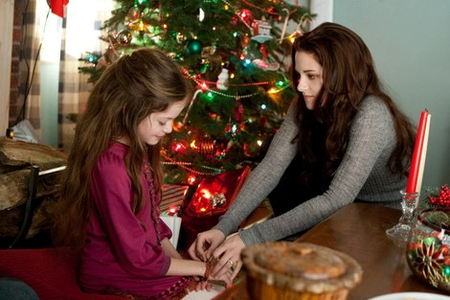 ROUND 55 : CHRISTMAS MOVIE PIC  Breaking Dawn part 2