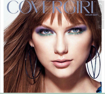 I Want Taylor In Straight Hair !