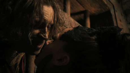 Golden কুইন my first ship.. :P They'd look so epic together. I also ship others like Rumbelle, Stabl