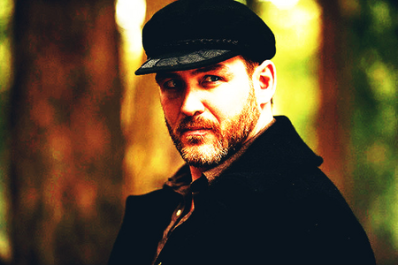 giorno 10: Vampire with the Biggest cuore [b]Benny LaFitte (Supernatural)[/b]