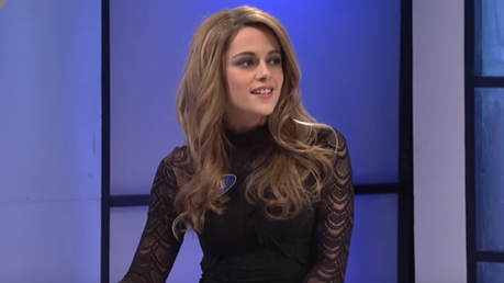 I think Kristen Stewart is gorgeous and I don't see how people think she's homely. Plain, I can get b