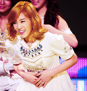 [i] Yeah~ I'm super duper late!! Oh well~ I'll just speed up later ;)) Here's Taengoo da the way <33