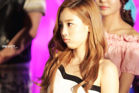 Round 2 Taeyeon Aegyo <333