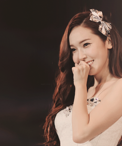 A beautiful pic of Jessica it's hard to choose one. jessica is really beautiful :) NEXT: I want