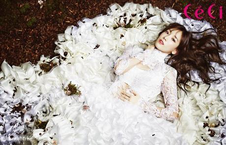 Taeyeon I command a selca of Tiffany