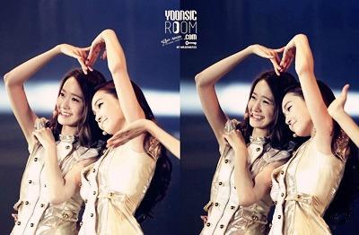 [i]YoonSic Making दिल I command JeTi hug ^^[/i]