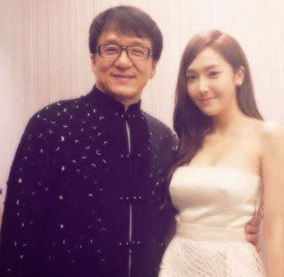 Jessica and Jackie Chan I command Sooyoung and Yoona :)