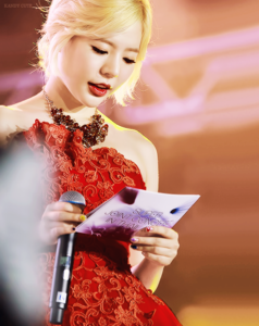 I want to be Sunny LOL Mah ultimate bias <3