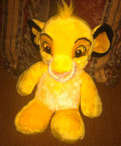 Simba plushie I found recently at a thrift store. ^^