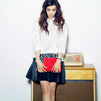 Tiffany Which of the three fashion do wewe like?