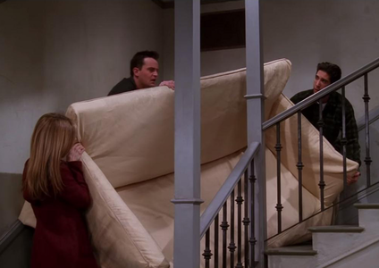 PIVOT! LOL 다음 - Monica and Chandler get engaged <3