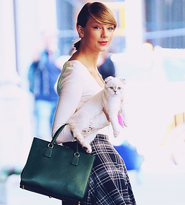 Taylor matulin With her Cat ~~~