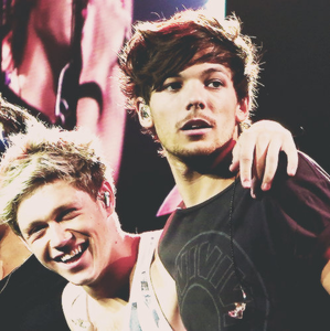 How about this? Louis looks super sexy :D and Niall's laugh is cute!!!