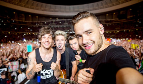 I chose this pic cuz it's all of One Direction (excluding Zayn </3) at a concerto in South Africa wit