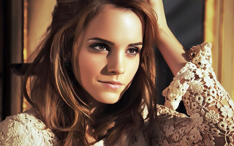 I have lots of fave pics of Emma,here are just a few of them...