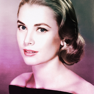 [b]Day 7: An actress anda have a lot in common with[/b] Grace Kelly was humble and down-to-earth, two