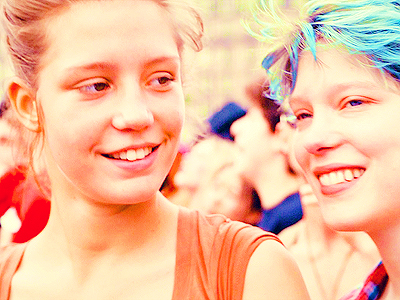 [b]Day 9: An actress আপনি can watch over and over in the same movie[/b] Léa Seydoux and Adèle Exarc