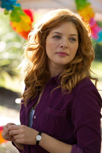 hari 10 : actress from your fave tv tunjuk : Rachelle LeFevre,Under the Dome