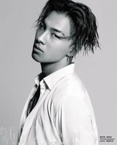 cool/hot Tae Yang.:} http://33.media.tumblr.com/748bf6386944ce103aa7093672f91a38/tumblr_njxrdsoBeV