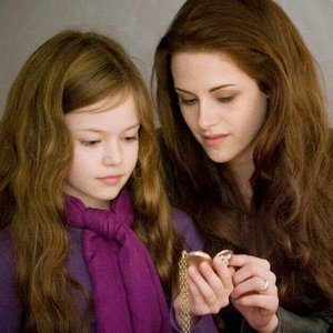 Round 83 Brown Hair (closed) winner : twihard203 2nd place : Book-Freak 3rd place : zeimed8,Her