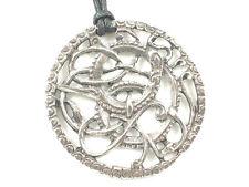 ((Her mkufu - A celtic mbwa mwitu Pendant))