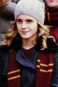 ROUND 19 - Hermione in 6th tahun [b]Winner - Hermione4evr[/b] 2nd - abcjkl 3rd - greyswan618