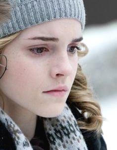ROUND 35 - Hermione in Hogsmeade [b]Winner - Hermione4evr[/b] 2nd - AmberEdith 3rd - shenelopefan,