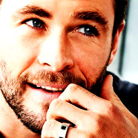 Chris Hemsworth Icon 4