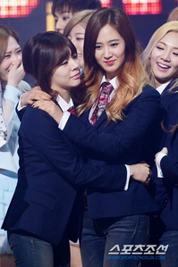 Enumerate the four Unnies of SNSD starting from the Best (1-4). Post a pic of each unnie hugging a y