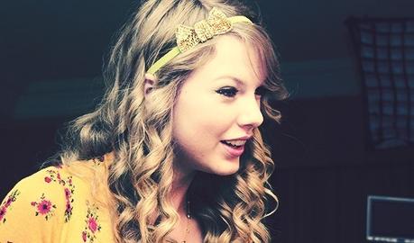 A bow Headband!