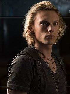 [b]Day 13: character Ты have a crush on [i]Jace Wayland[/i][/b] But also Jordan and Brother Z