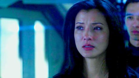 """день 13: Избранное Guest Star- Kelly Hu as Callie """"C.C."""" Cartwig"""