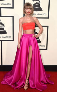 [b]Day 5- Your Least Favourite Taylor Red Carpet Outfit[/b] I seriously dont know what she was thi