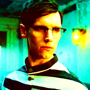 [b]Day 1 ~ Favourite character?[/b] It switches between Nygma, Pingu and Jerome. Today, it's Nygma