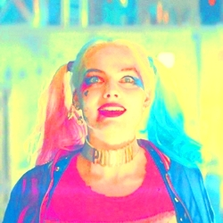 [b]3. Best Harley moment/scene?[/b] Ok, soooooooooo... I couldn't decide... narrowed it down to th