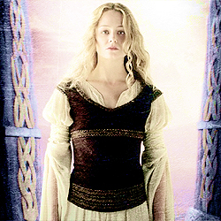 [b]Day 19 - favorito! female character?[/b] Eowyn