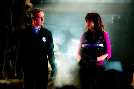[b]06. kegemaran couple of CSI [/b] Definitely hands down Wendy & Hodges! I'm not even that big of a