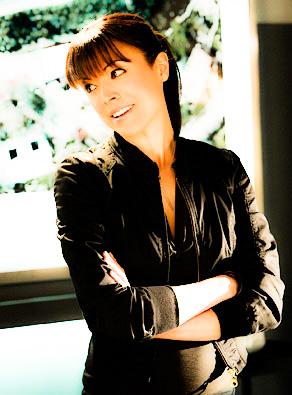 [b]20. kegemaran lab tikus [/b] I Cinta Wendy from CSI! I missed her after she left!
