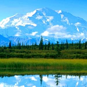 05. 最喜爱的 natural phenomenon I 爱情 mountains. This one is Denali; it's even 更多 gorgeous in