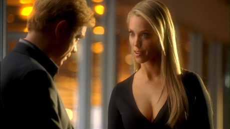 Am I the only one who actually liked Julia? She was so pretty and quietly manipulative. An interestin