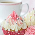 Or a srawberry cupcake <3