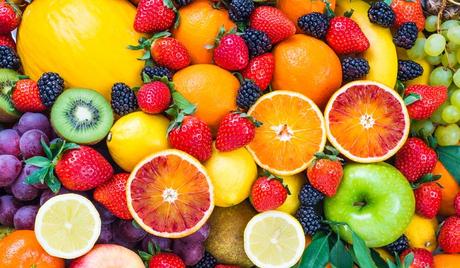 dag 05: Fruits ✒ Strawberries ✒ Blueberries ✒ Apples and pears, cloudberries, bananas,